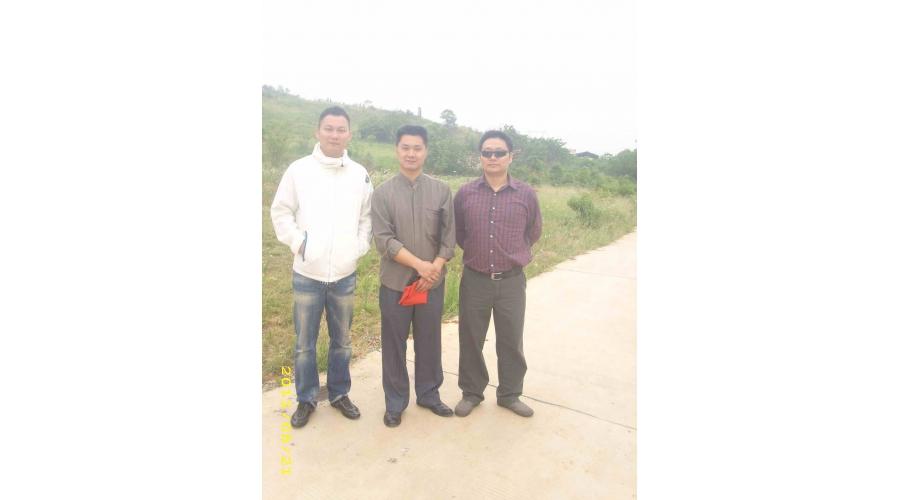 武汉风水师丁峰为企业勘察建厂风水